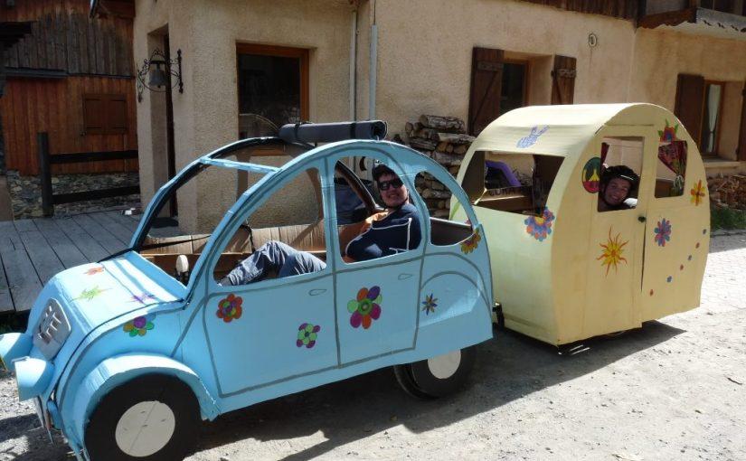 Les vacances en 2CV + Caravane.
